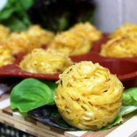 Гнезда из спагетти с тремя видами сыра