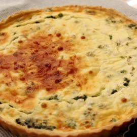 Киш со шпинатом и сыром