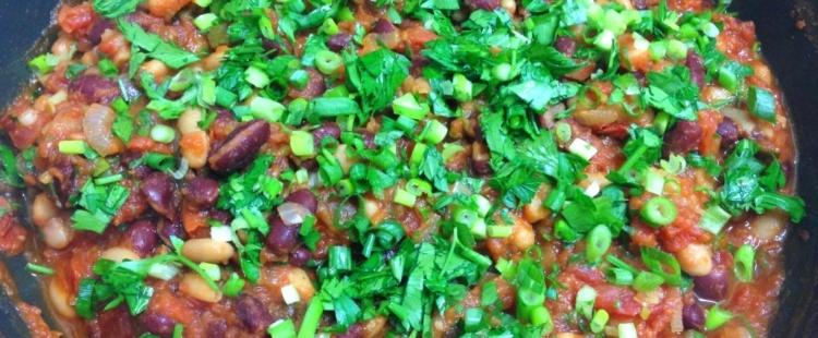 Фасоль в томатном соусе по-мексикански