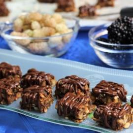 Полезные конфеты из фиников, орехов и сухофруктов