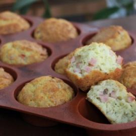 Закусочные кексы с ветчиной и сыром