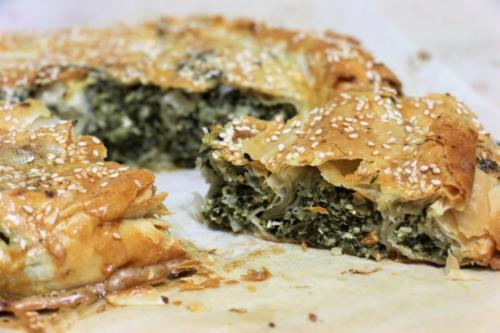 Спанакопита, пирог с фетой и шпинатом