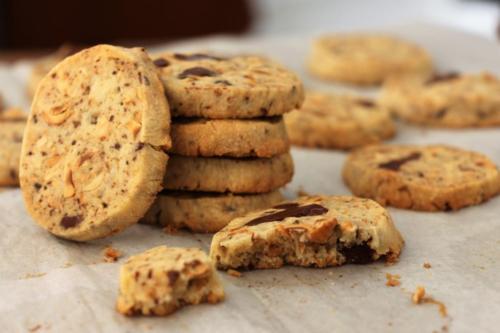 Печенье с фундуком, кофе и шоколадом
