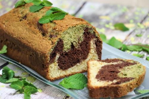 Трехцветный мятно-шоколадный кекс