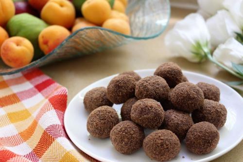 Шоколадные шарики из 3х ингредиентов